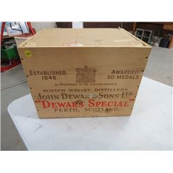 WOODEN LIQUOR BOX (JOHN DEWAR & SONS)