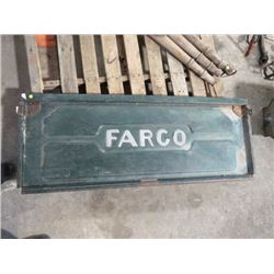 FARGO TAIL GATE *FITS ONE TON*
