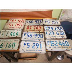 1970s LICENSE PLATES (QTY 12)