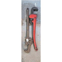 2 PIPE WRENCHES