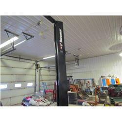 2 POST CAR HOIST (DANNMAR) *COMPLETE* *10,000 LB LIKE NEW*