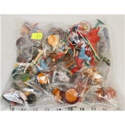 BAG OF VINTAGE SMALL TOYS