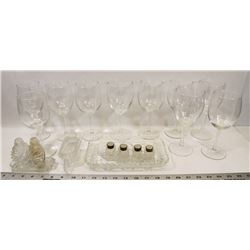 ESTATE FLAT WITH MINI SERVING SET (SOME CRYSTAL) &
