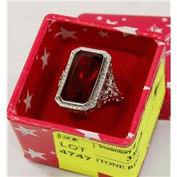 CUBIC STONE RING