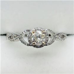 34) 14K WHITE GOLD DIAMOND & SIDE DIAMOND RING