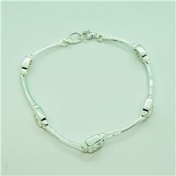 112) STERLING SILVER CUBIC ZIRCONIA BRACELET