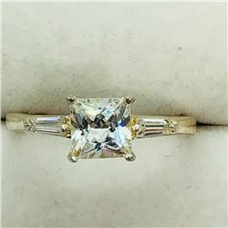 177) STERLING SILVER CUBIC ZIRCONIA RING