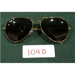 AUTHENTIC RAYBAN AVIATOR SUNGLASSES