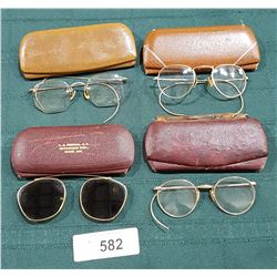 4 VINTAGE PAIRS OF EYEGLASSES IN CASES