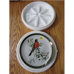 """COLLECTOR PLATE (#D1184) """"ROBIN"""" *BY ROGER TORY PETERSON* (DANBURY MINT)"""