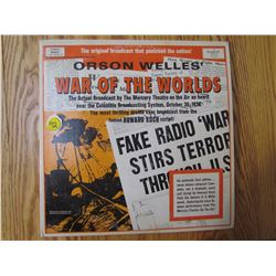 """RECORD ALBUM (ORSON WELLES) """"WAR OF THE WORLDS"""" *FIRST EDITION*"""