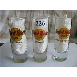 LOT OF 6 DIFFERENT SHOT GLASSES (HARD ROCK CAFÉ )