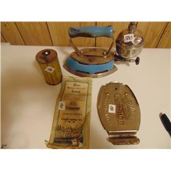 COLEMAN GAS IRON NO. 4-A (W/ACCESSORIES)