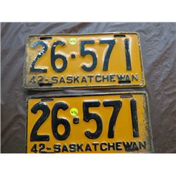 LICENSE PLATES (SASKATCHEWAN) *QTY 2* (1942 MATCHING)