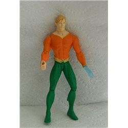 ACTION FIGURE - ORANGE TOP AND GREEN PANTS BLUE HAND
