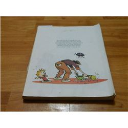 BOOK - THE CALVIN AND HOBBES - THE INDISPENSABLE - no cover!!!