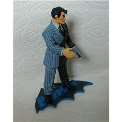 HUSH ACTION FIGURE WITH BATMAN STAND - TWO FACE