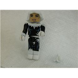MINI FIGURE - BLACK & WHITE