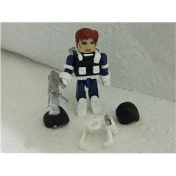 MINI FIGURE - BLACK & WHITE WITH GUN & HOLSTER, LARGE GUN, AIR PACKS & 2 EXTRA HAIR
