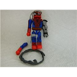 MINI FIGURE - SPIDERMAN - WITH EXTRA  ARM & HEAD BAND & WHIP