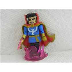 MINI FIGURE - WITH CAPE & PINK STAND