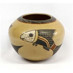Mata Ortiz Pottery ''Fish'' Jar by Roberto Banuelos