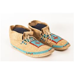"Cheyenne Pictorial Beaded Man's Moccasins, 10"" long"