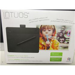New Intuos Photo Creative Pen & Touch Tablet