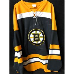 BOSTON BRUINS HOCKEY JERSEY (XL)