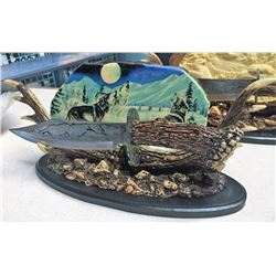 Collector Wolf Knife On Stand