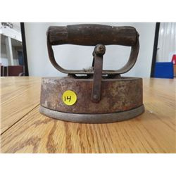 SAD IRON (ASBESTOS) *#72-8* (W/ HANDLE & COVER)