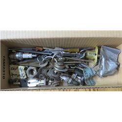 BOX OF KEYS (SKELETON KEYS & OTHER MISC KEYS)
