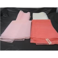SCARFS (ASSORTED) *PINK & WHITE*