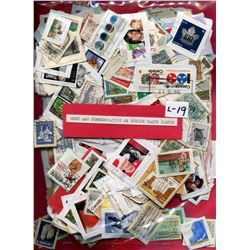 PACKAGE OF STAMPS & SAMPLE STAMPS (2 SIDES) *MOST LARGE  OR LARGE COMMEMORATIVE*