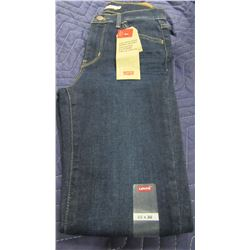 NEW LEVIS 720 HIGH RISE SUPER SKINNY JEANS - PER PAIR