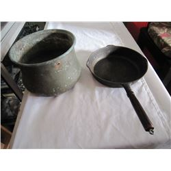 ANTIQUE COPPER POT AND CAST IRON FRYING PAN