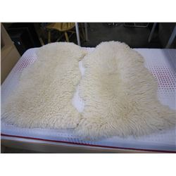 2 SHEEP SKIN RUGS