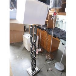 BLACK AND SILVER FLOOR LAMP WITH WHITE SHADE, MISSING SCREW ON TOP