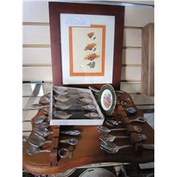 COLLECTOR SPOONS ON WOOD RACK AND 4 SPOONS IN CASE, LAMOGE PLATE, AND PRINT OF ABSTRACT FLOWERS