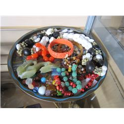 TRAY OF CORAL AND JADE AND SHELL JEWELLRY