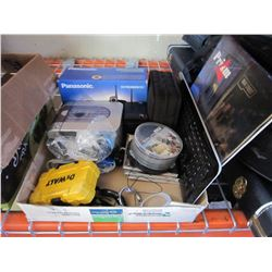 TRAY OF ASSORTED LOST PROPERTY ITEMS