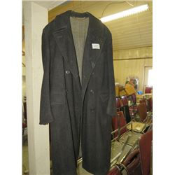 MENS JACKET (SLEEVE LENGTH 24 1/2 CHEST 48) *WOOL, BLACK BUTTONS*