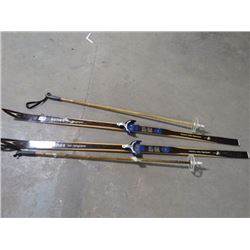 *HICKORY* SKIS & POLES (ASNES TUR LANGRENN) *MADE IN NORWAY*