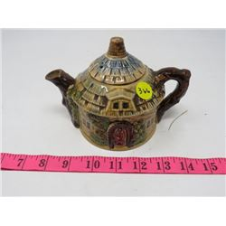 SMALL TEAPOT (COTTAGE WARE)