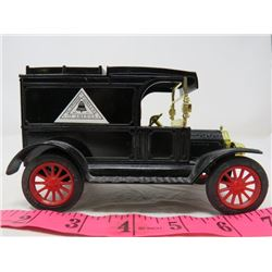 COIN BANK (CAST IRON) *1913 MODEL T FORD*
