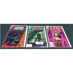 3 VINTAGE COLLECTIBLE DETECTIVE $1.00 COMICS