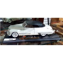 1941 CADILLAC SERIES 62 DIE CAST CAR ON STAND