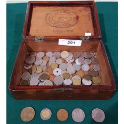 VINTAGE VEGA DEL REY WOOD CIGAR BOX W/WORLD COINS