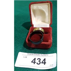 2 MENS WEDDING RINGS