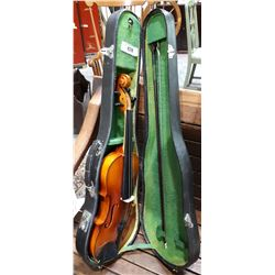 VINTAGE VIOLIN IN CASE WITH BOW